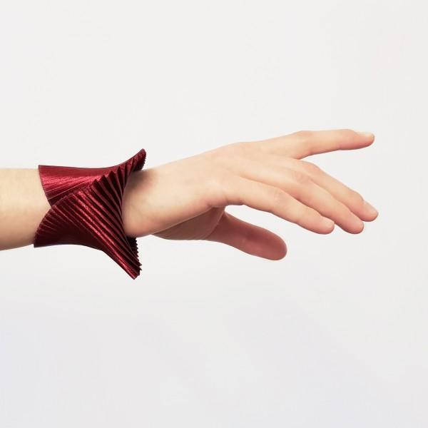 SHELL . TSOUKALA . Armband bordeaux