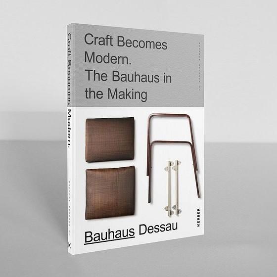 CRAFT BECOMES MODERN . Catalogue